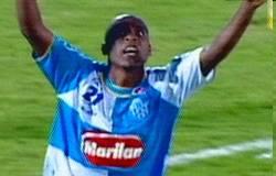 Fabiano Gadelha golaço contra o Corinthians.