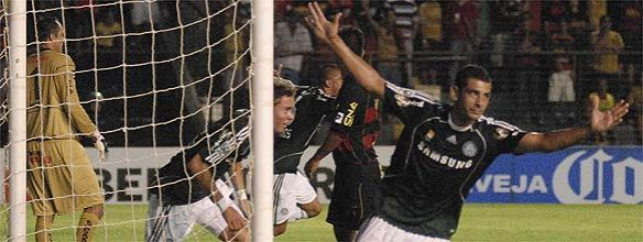 Diego Souza foi o nome do jogo.