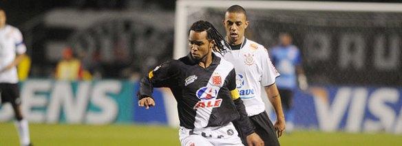 Ontem, como sempre, Cristian logo no começo do jogo deu uma entrada desnecessária em Carlos Alberto para intimidar, ARBITRAGEM OLHO NELE..