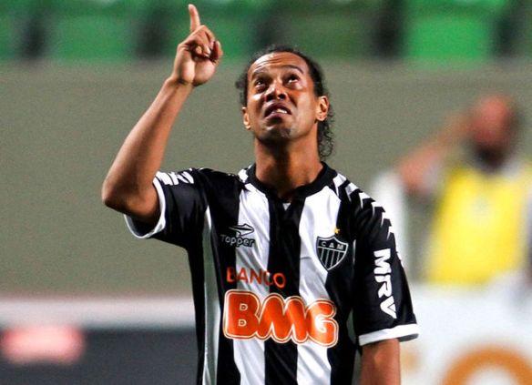 Ronaldinho 03122012